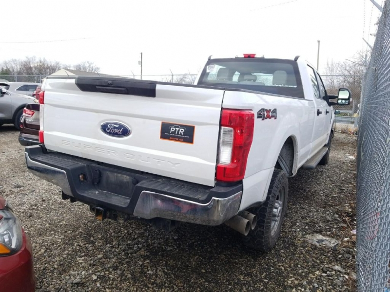 FORD F250 2018 price $34,999