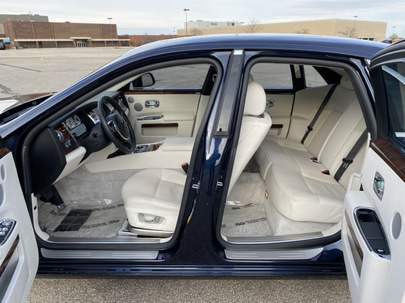 ROLLS-ROYCE GHOST 2013 price $109,999