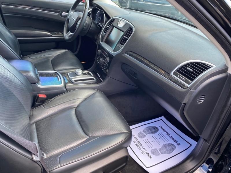 CHRYSLER 300C 2016 price $19,500