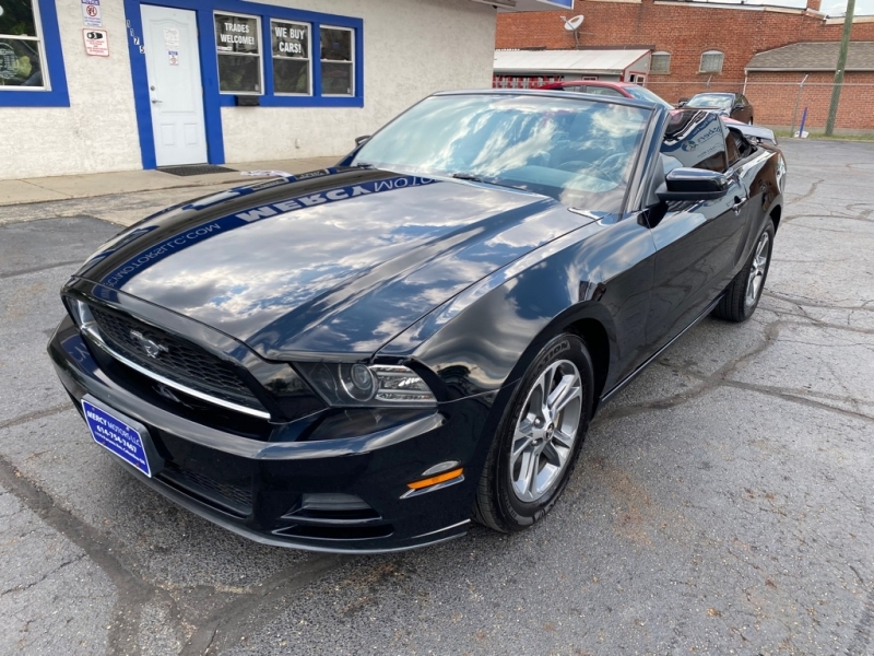 FORD MUSTANG 2013 price $10,995