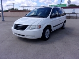 Chrysler Town & Country SWB 2007