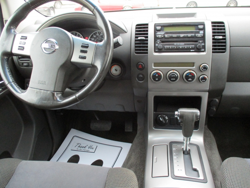 Nissan Pathfinder 2005 price $5,995