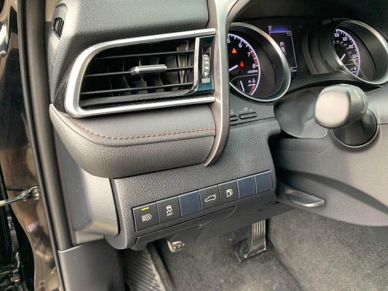 Toyota Camry 2018 price $16,981