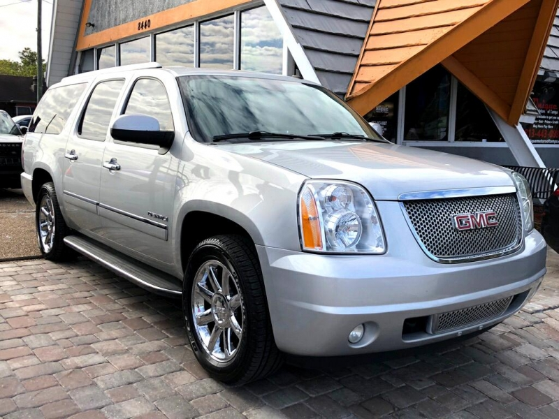 GMC YUKON XL 2013 price $17,978