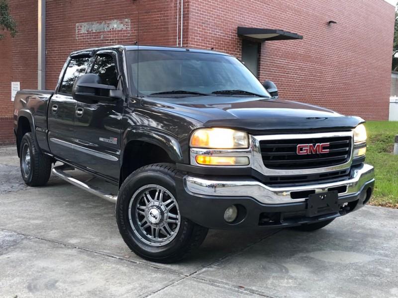 GMC SIERRA 2004 price $18,978