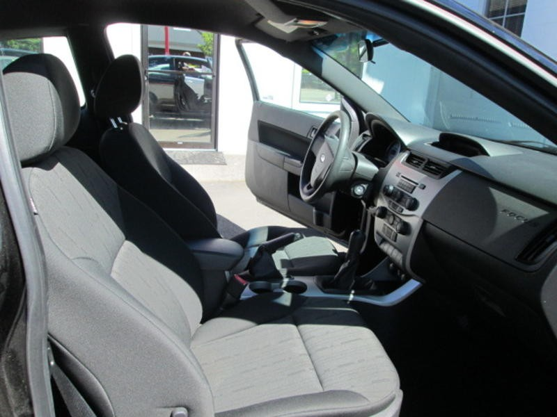 Ford Focus 2010 price $5,800