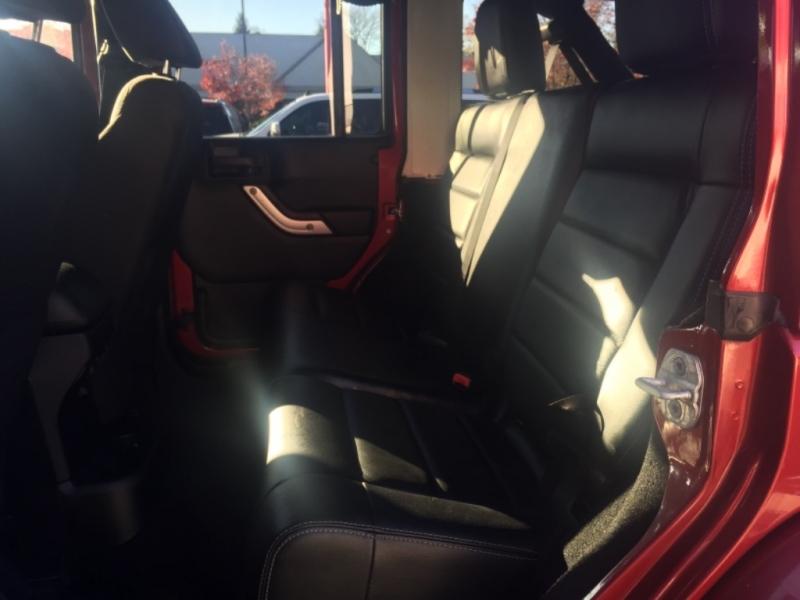 Jeep Wrangler Unlimited 2013 price $23,700