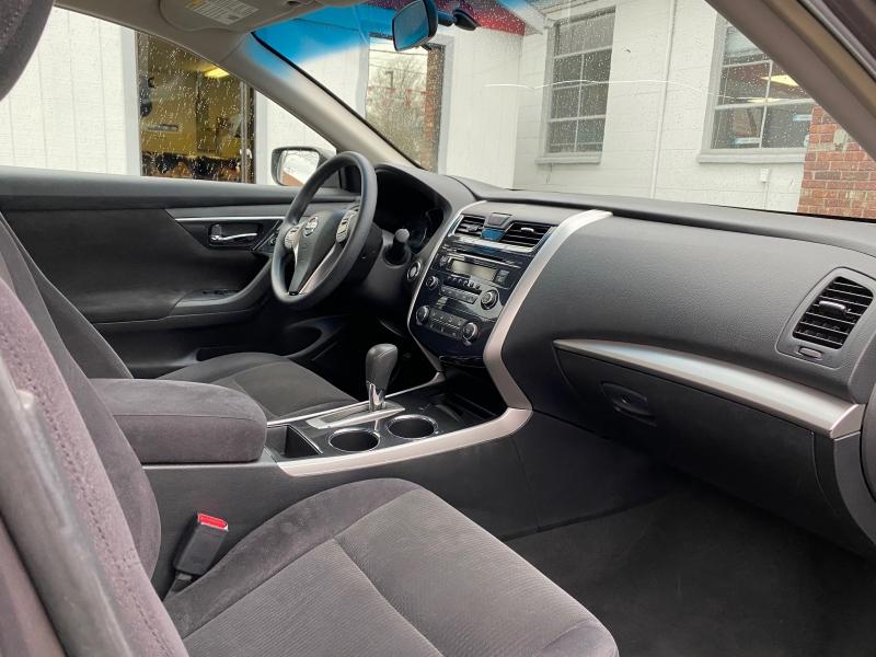 Nissan Altima 2013 price $8,950