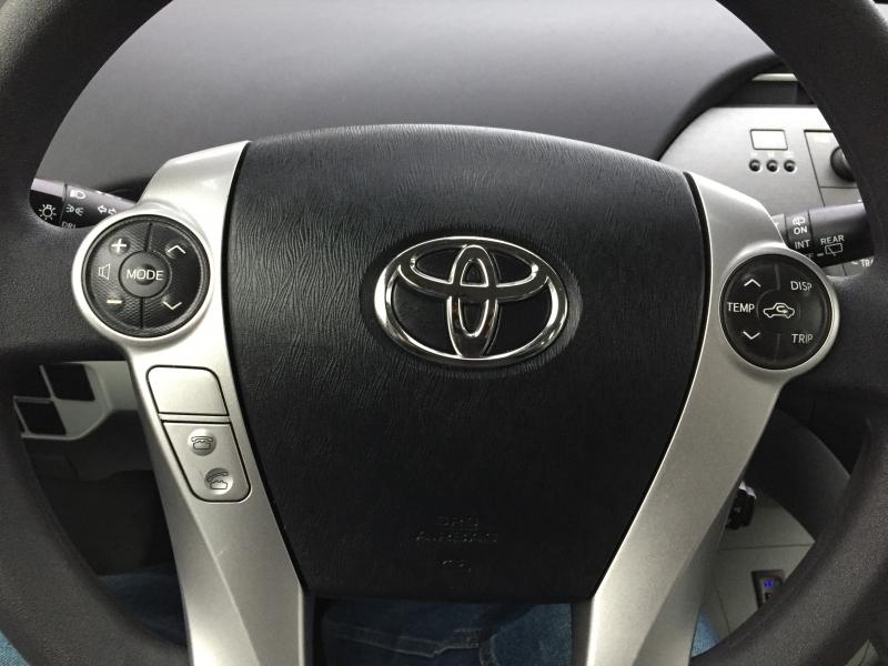 Toyota Prius 2014 price $13,995