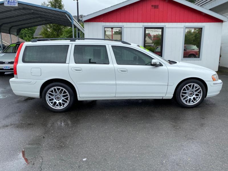 VOLVO V70 2007 price $6,900