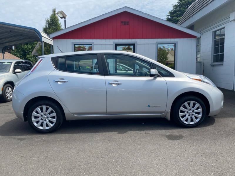 NISSAN LEAF 2015 price $9,995