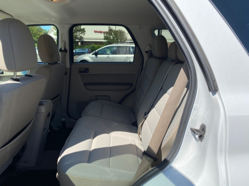 FORD ESCAPE 2010 price $8,995