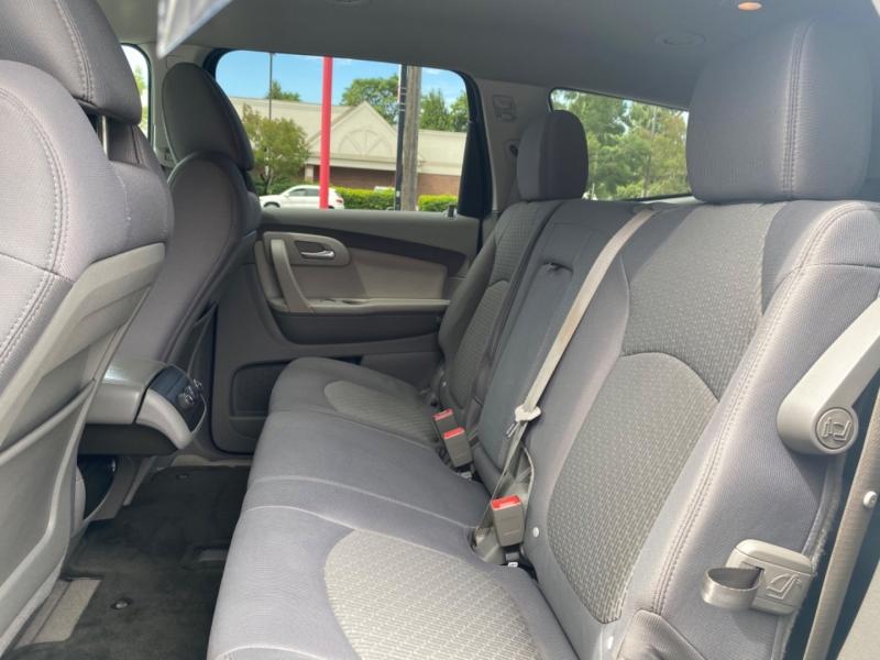 CHEVROLET TRAVERSE 2011 price $12,995