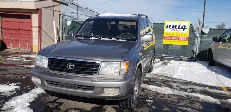 Toyota Land Cruiser 2001 price $8,000