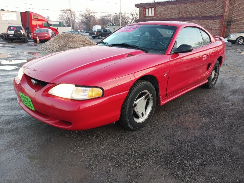 Ford Mustang 1996 price $2,000