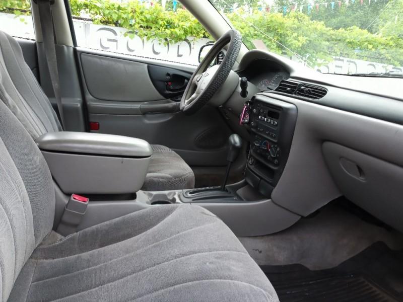 Chevrolet Classic 2005 price $3,488