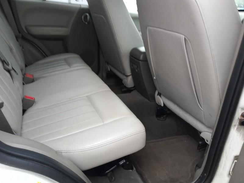 Jeep Liberty 2005 price $4,988