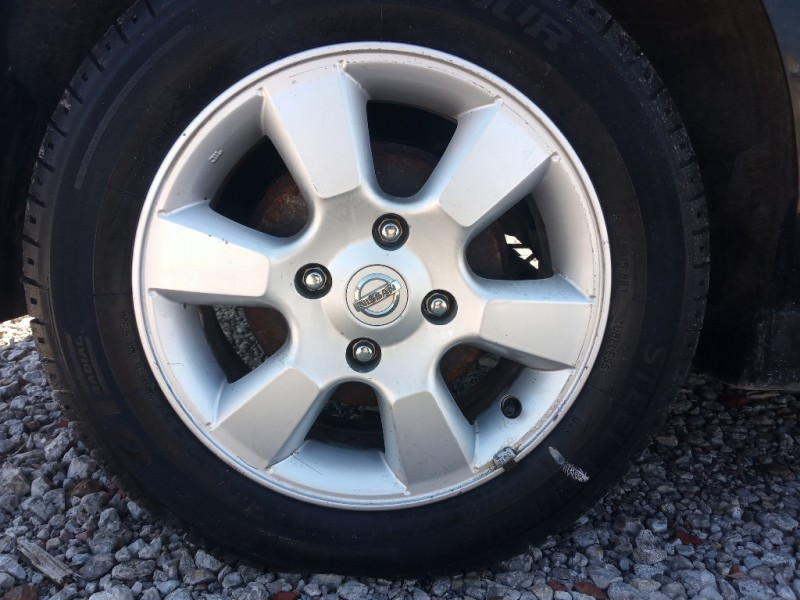 Nissan Versa 2009 price $2,988