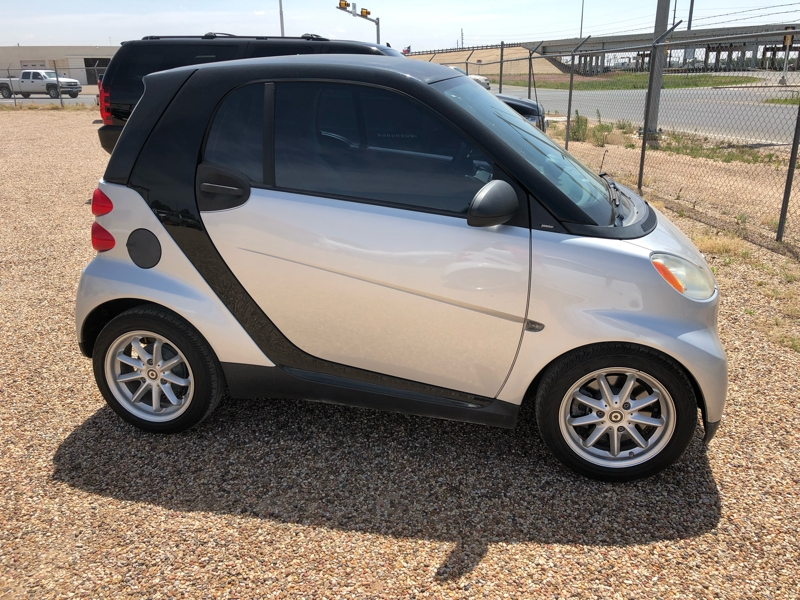 Smart fortwo 2009 price $3,950