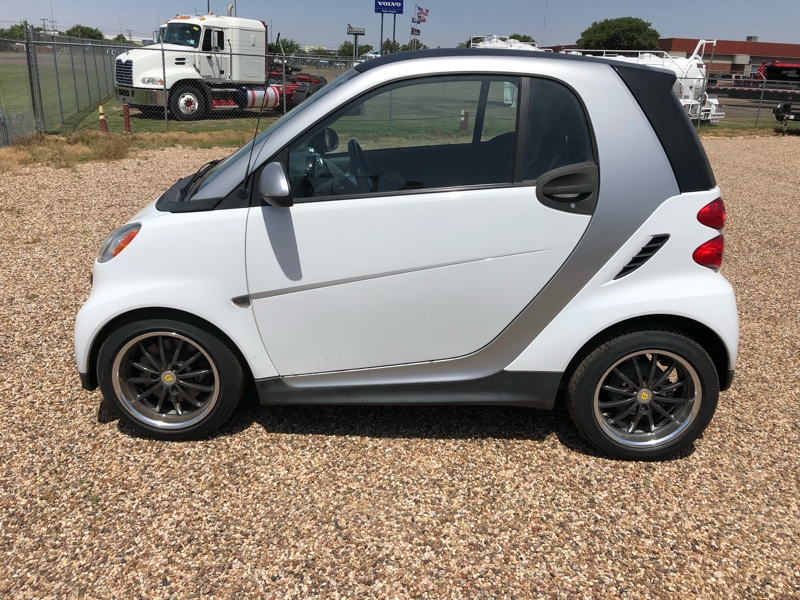Smart fortwo 2013 price $5,450