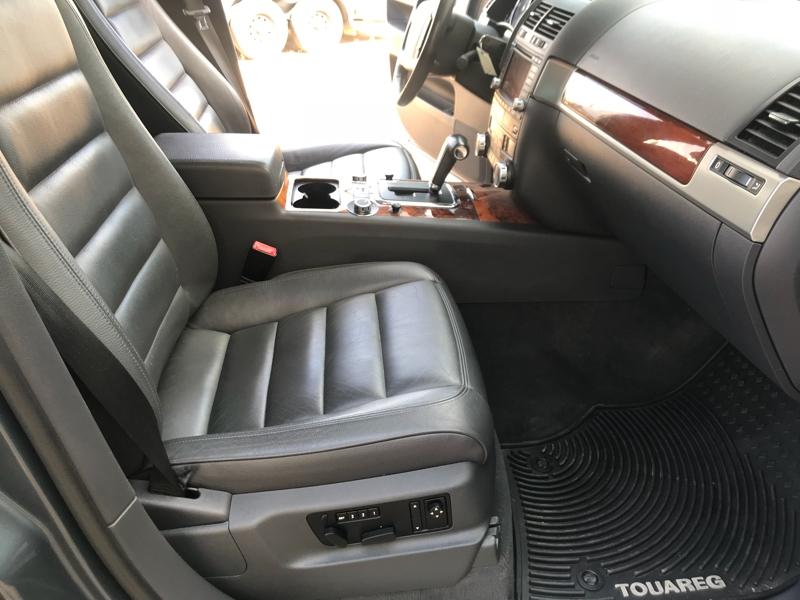 Volkswagen Touareg 2006 price $12,500