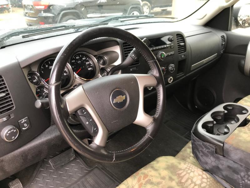 Chevrolet Silverado 2500HD 2008 price