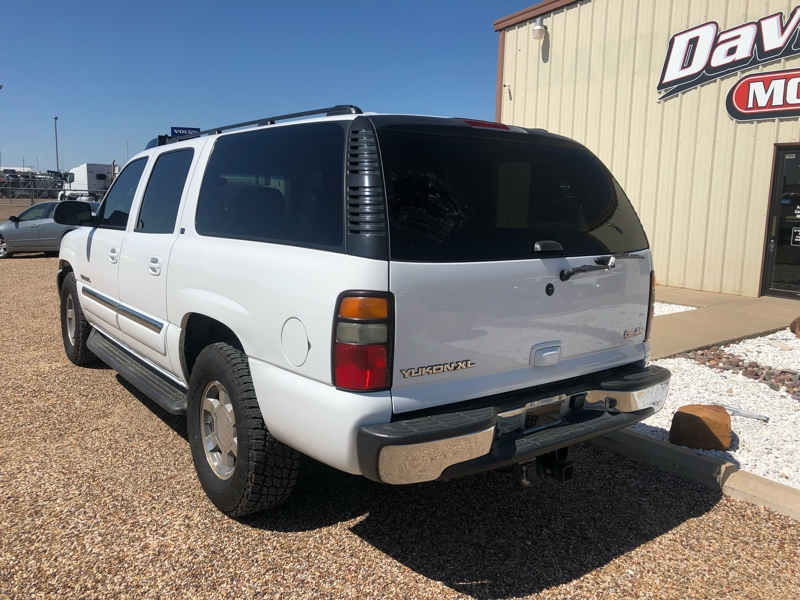 GMC Yukon XL 2006 price $8,450