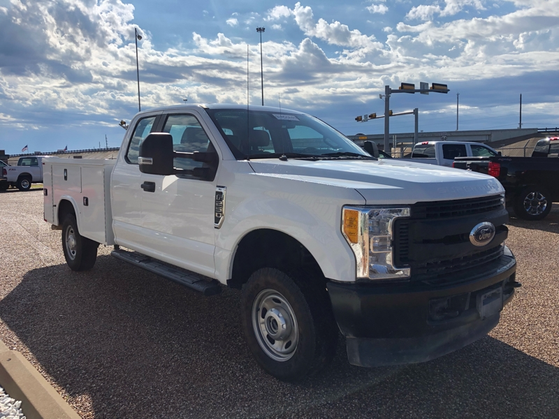 Ford Super Duty F-250 2017 price $34,500