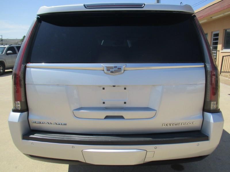 Cadillac Escalade ESV 2015 price