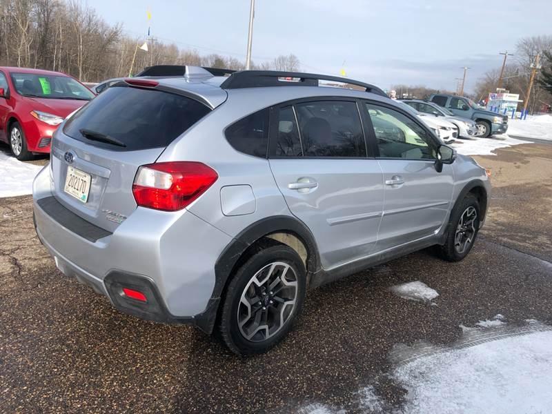 Subaru Crosstrek 2016 price $13,495