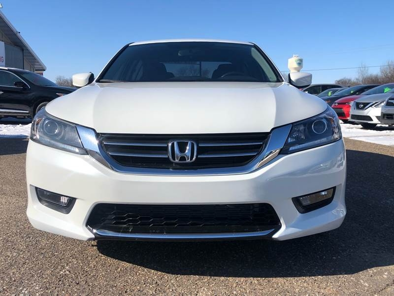 Honda Accord 2015 price $9,995