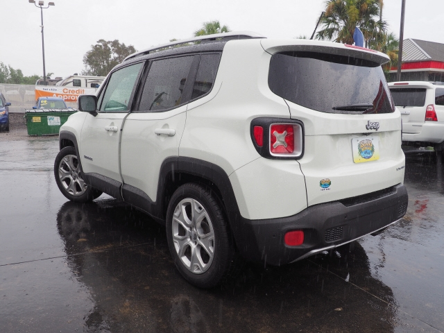 Jeep Renegade 2015 price $15,292