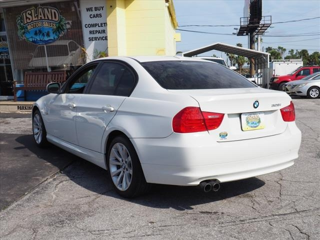 BMW 3 Series 2011 price $8,976
