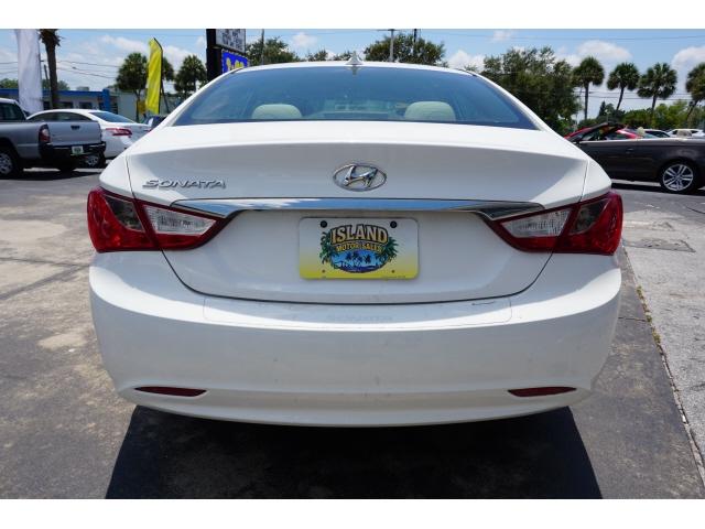 Hyundai Sonata 2014 price $9,576
