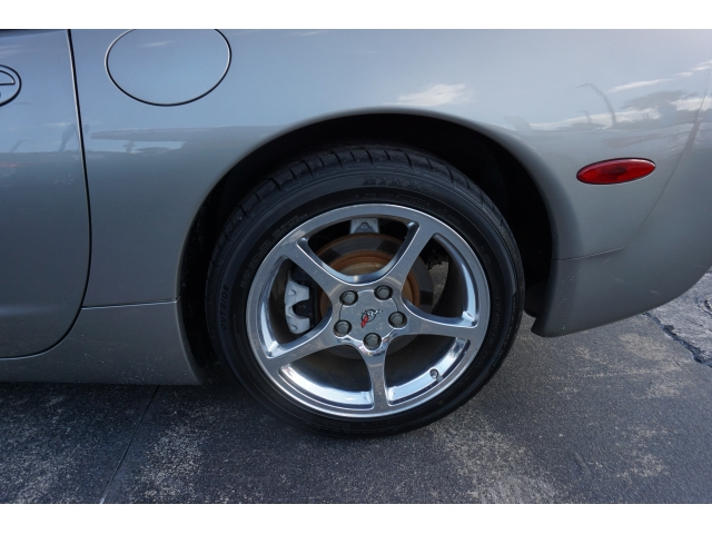Chevrolet Corvette 2002 price $17,985