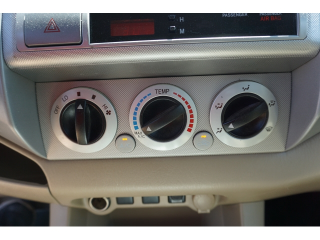 Toyota Tacoma 2011 price $17,950