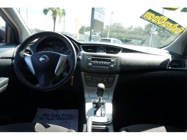 Nissan Sentra 2013 price $7,567