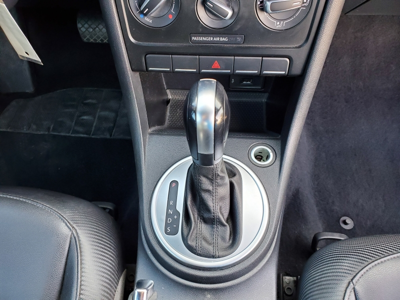 Volkswagen Beetle Coupe 2016 price $8,497