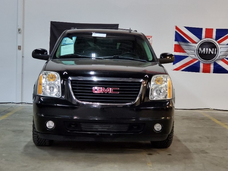 GMC Yukon XL 2011 price $10,997