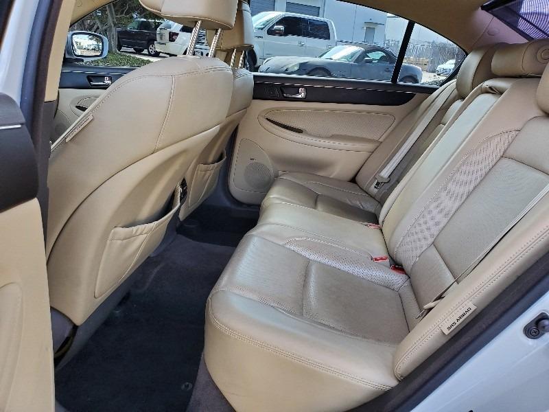 Hyundai Genesis 2011 price $6,997