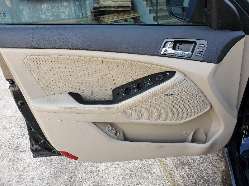 Kia Optima Hybrid 2013 price $8,997