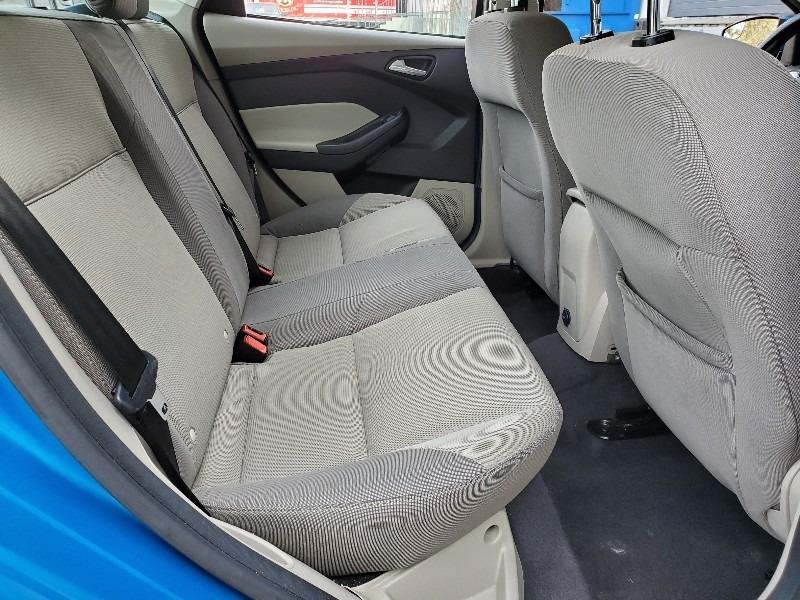 Ford Focus 2013 price $3,997