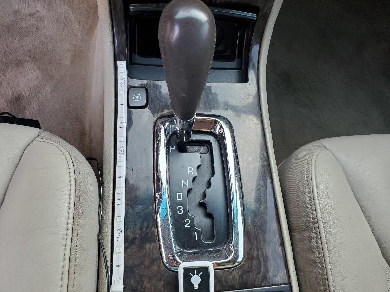 Cadillac DTS 2008 price $7,997