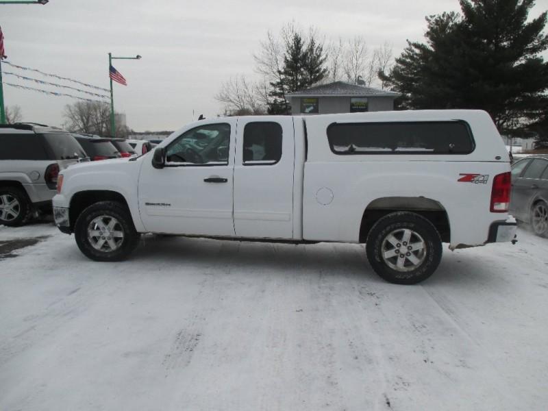 GMC Sierra 1500 2011 price $12,995