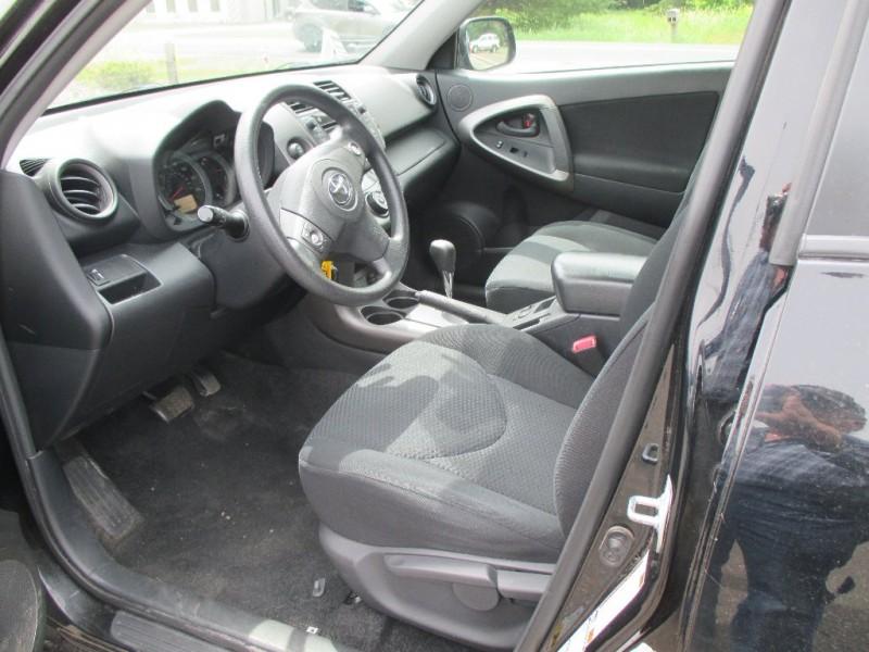 Toyota RAV4 2009 price $9,495