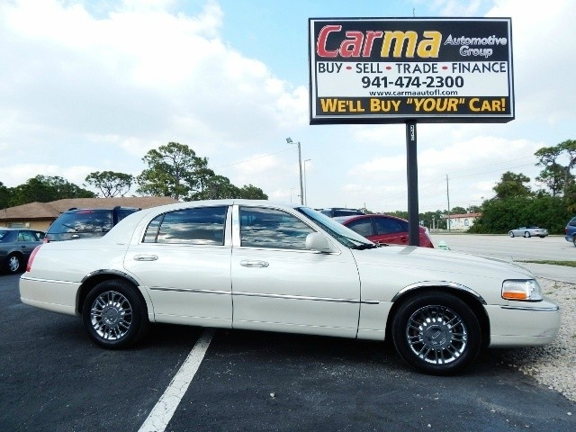 2006 Lincoln Town Car Designer Inventory Carma Automotive Group