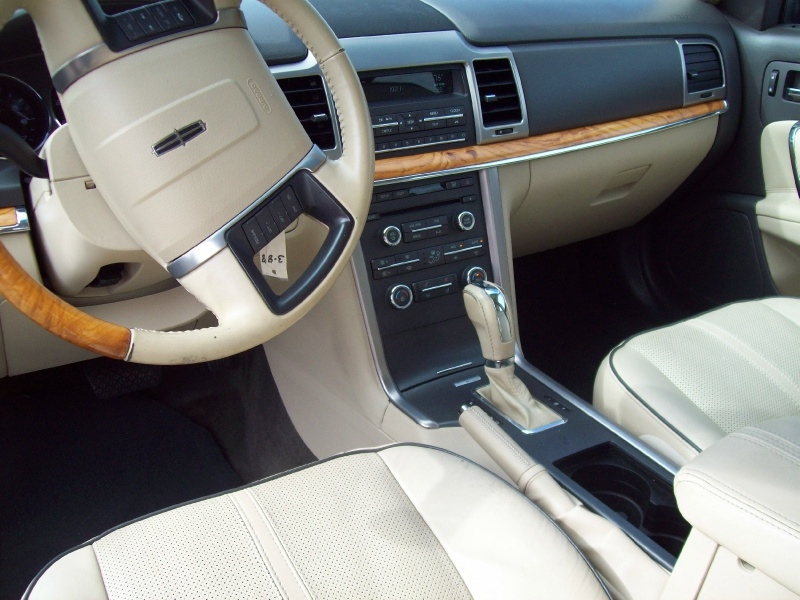 LINCOLN MKZ 2012 price $8,490