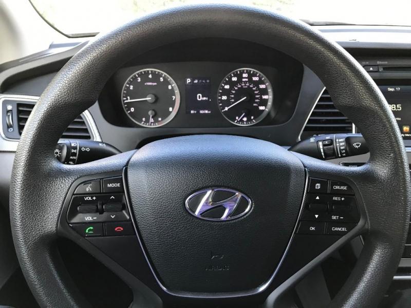 Hyundai Sonata 2016 price $11,995