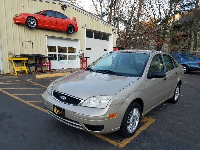 Ford Focus 2007 price $3,695