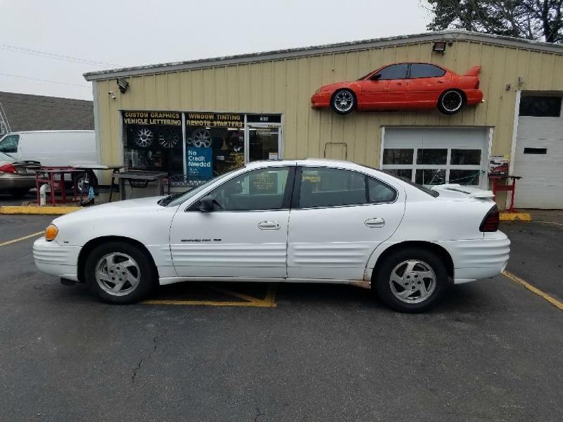 Pontiac Grand Am 1999 price $2,495